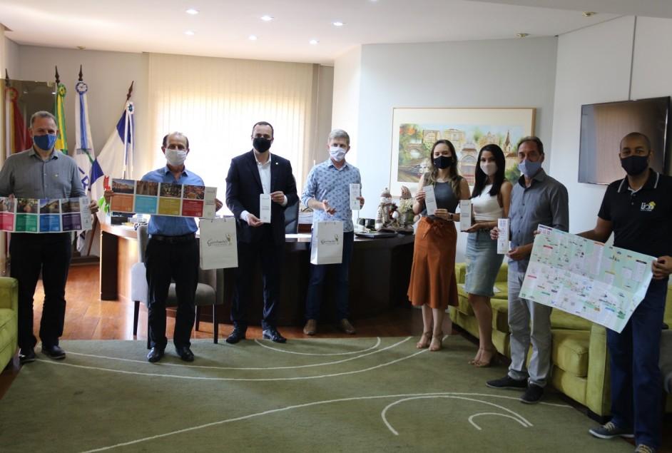 Secretaria de Turismo e Cultura de Garibaldi lança novo material gráfico