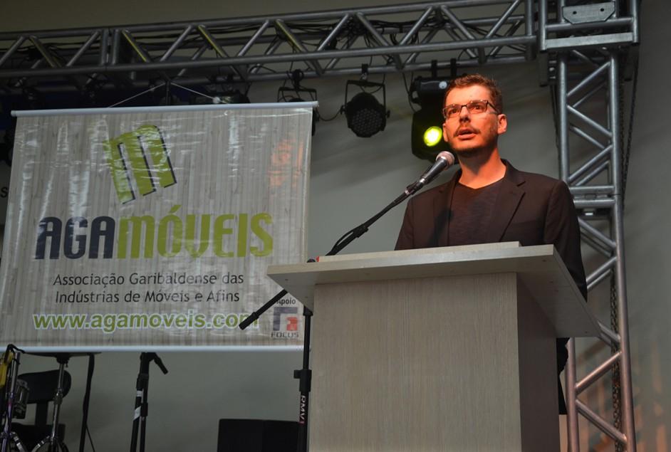 Adilson Menegotto é o novo presidente da Agamóveis