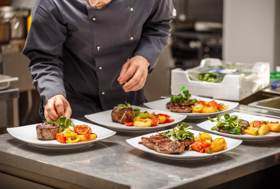 SHRBS comemora o Dia do Trabalhador com palestra e jantar